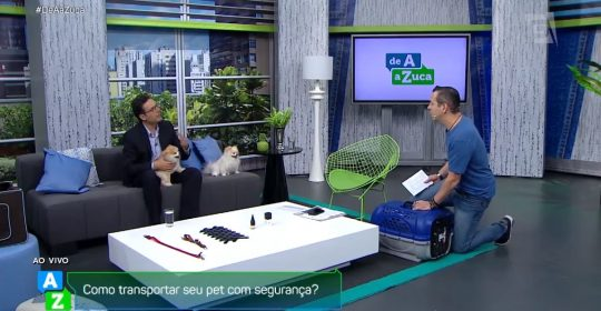 "Transporte dos pets (Coluna do Hospital Veterinário, Pet Shop e Hotel Sena Madureira no programa ""De A a Zuca"" da TV Gazeta). Confira!"